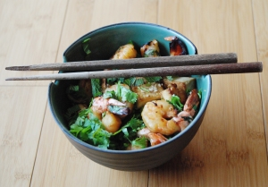 peanutee buckwheat noodles with tofu and prawns